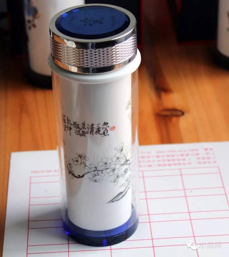双层水晶陶瓷杯梅花图中号水杯,水晶杯盖,正宗景德镇优质陶瓷体。