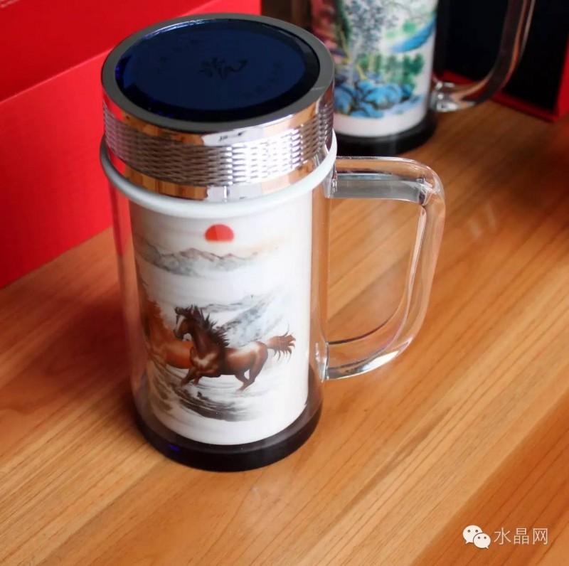 双层水晶陶瓷杯马到成功(办公杯),水晶杯盖,正宗景德镇优质陶瓷体。